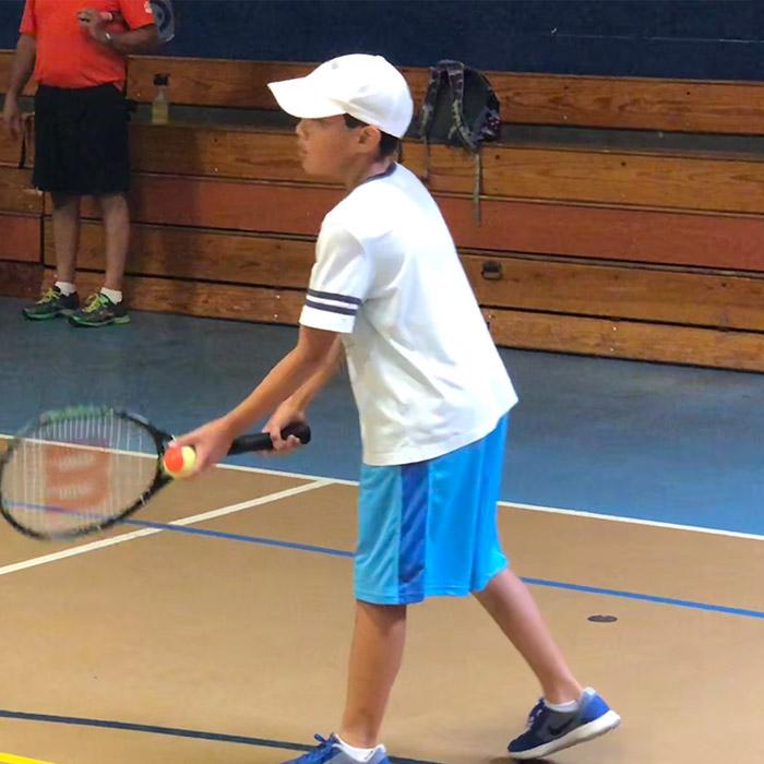 14-tennisserve